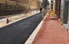 Recta final de las obras de la calle Jacint Verdaguer de Tàrrega