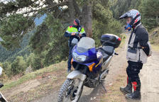 Nou multes per circular amb moto en camins del Pirineu