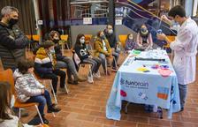 Guissona organiza un año más talleres familiares para futuros científicos