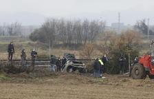 Mor calcinat al xocar amb el cotxe contra un talús a Vallfogona