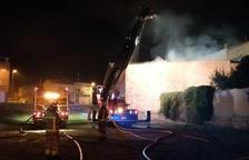 Un incendi calcina el magatzem d'una casa a Artesa de Lleida