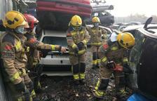 Bomberos de Mollerussa practican cómo excarcelar en caso de accidente