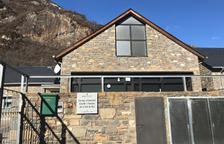 Fins a 25 nens de la Vall de Boí no van a classe en protesta per un professor
