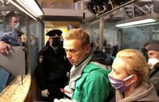 Rússia tanca a la presó Aleksei Navalni abans de dur-lo a judici