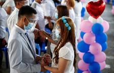 Casament civil massiu coincidint amb Sant Valentí