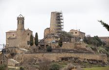 Biosca consolida la torre del castillo de Lloberola para evitar desprendimientos