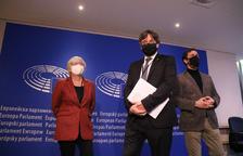 L'informe de l'Europarlament demana deixar sense immunitat Puigdemont, Comín i Ponsatí