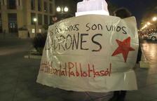 Prop d'un centenar de persones cremen fotos dels Borbons a Tarragona