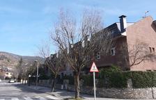 Obres en una urbanització de la Seu d'Urgell per evitar fuites d'aigua