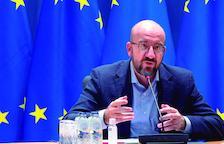 La UE creará un pasaporte de vacunación pero no aclara si permitirá viajar