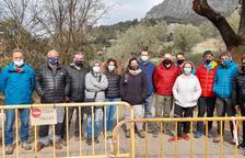 Mont-rebei porta quatre mesos tancat i sense data per reparar el despreniment de Corçà