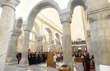 El papa reza por la paz en la zona iraquí conquistada en Estado Islámico