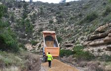 Obres als camins afectats per la Filomena a Mequinensa