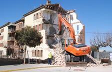 Comienza el derribo del primero de 4 bloques del Grupo Sant Isidori