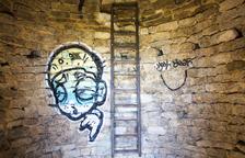 Los Mossos encuentran más grafitis en el interior del Pilar d'Almenara