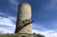 Indignación en las redes sociales por el ataque a la torre del siglo XI