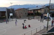 Prats i Sansor dona 200 € a famílies per a material escolar dels fills