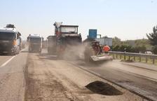 Retencions per obres per renovar el ferm en 4,5 km de l'A-2, que duraran sis setmanes