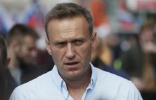 Rússia fa fora cinc diplomàtics polonesos i es replega de Crimea