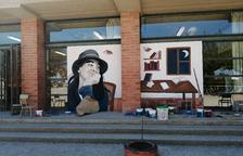 Ivars estrena un mural en honor a la poeta Maria Mercè Marçal