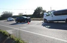 Dos heridos en una colisión frontal en la carretera C-12 en Corbins