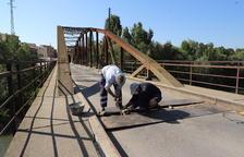 Menàrguens repara el puente de la Sucrera