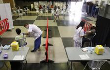 Primeras 300 vacunas a empleados de la fruta en Soses y llegan 3.600 más