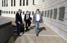 L'alcalde d'Almacelles nega contractes a dit i responsabilitza antics secretaris