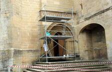 El Monestir de les Avellanes inicia la restauración de la puerta gótica de la iglesia