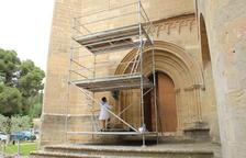 Restauran el portal gótico del monasterio de Les Avellanes