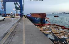 Un mort i un desaparegut després de bolcar un vaixell a Castelló
