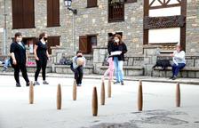 Tradición de las 'bitlles' del Pallars en Les Valls d'Àneu