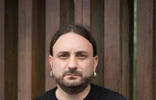 """David Pere Martínez Oró: """"Els locals d'apostes són la punta d'un iceberg: el joc en línia"""""""