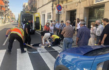 Momento de la evacuación de una de las heridas.