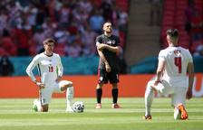 Anglaterra s'estrena amb un triomf sobre Croàcia