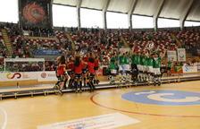 Manlleu i Liceo s'enduen la Copa al vèncer els favorits