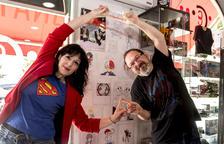 tècnica per ser més fort. La Susana i el Joan fan el gest de la fusió com fan els personatges de Dragon Ball per ser més forts