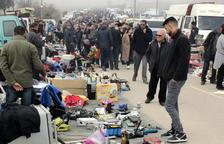 Arbeca suspende el mercadillo de antigüedades al hallar material robado