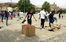 Medio centenar de personas se manifiestan en Balaguer a favor de los migrantes y refugiados y para pedir