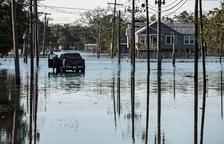La tempesta tropical Claudette assola el sud-est dels EUA amb 13 morts