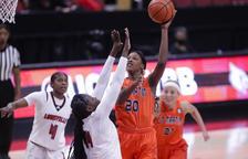 Perry, número 26 del draft de la WNBA, ficha por el Cadí