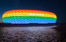 Prohibeixen il·luminar d'arc iris l'Allianz Arena