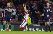 Modric lidera Croàcia cap als vuitens i Escòcia queda eliminada