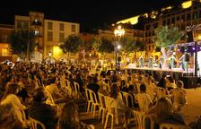 La Nit del Comerç llena el centro histórico de Balaguer