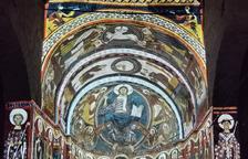 L'espectacle únic de so, llum i colors reproduint lespintures murals de Sant Climent de Taüll