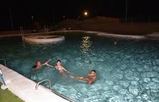 Belianes obre les piscines una nit a la setmana