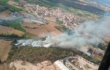 Un incendio calcina 6 hectáreas de campos y bosque en Artesa de Segre