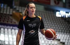 Canut elogia la capacidad física de Karline Pilabere