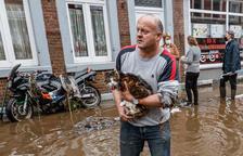 Miles de desaparecidos y 129 fallecidos en Alemania y Bélgica por las inundaciones