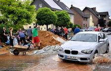 Aumentan a 180 los muertos por las inundaciones en Alemania y Bélgica